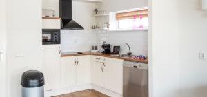 Keuken in appartement WestCord ApartHotel Boschrijck Terschelling - Westcord Hotels