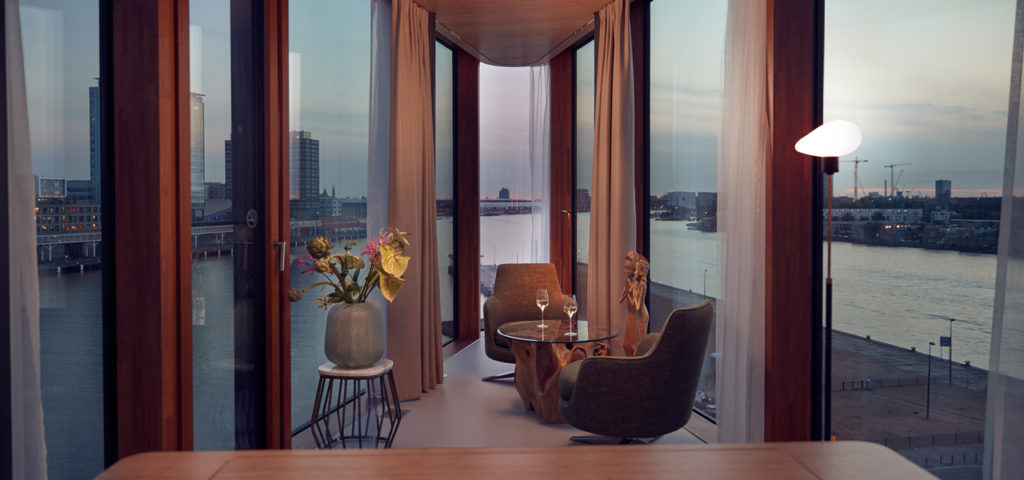 hotel-jakarta-amsterdam-wow-suite-room-kamer-westcord-hotels-4 - Westcord Hotels
