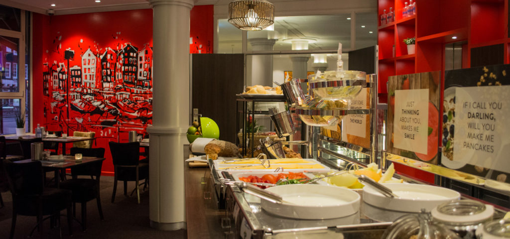 Breakfast restaurant at WestCord City Centre Hotel Amsterdam - Westcord Hotels