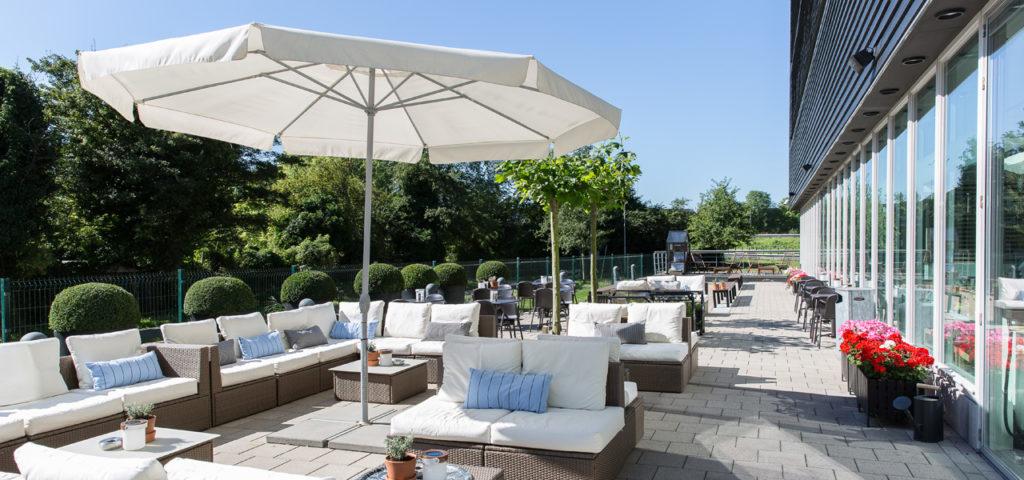 Terras bij WestCord Hotel Delft - Westcord Hotels