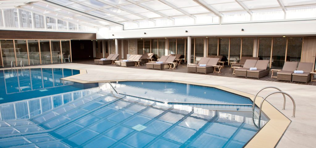 Overdekt zwembad Strandhotel Seeduyn op Vlieland - Westcord Hotels