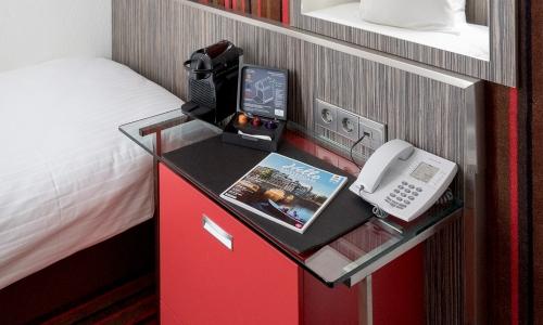 cosy-single-room-city-centre-hotel-amsterdam